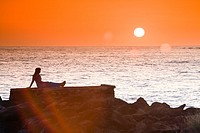 A stunning sunset at the secluded Pakala´s beach, Hawaii