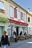 Pauline et Ernest cafe-restaurant in memory of Ernest Hemingway and his wife Pauline Pfeiffer who stay in 1927 for Honeymoon, Grau du Roi, Gard depart...