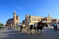 Main Market Square, Old Town, Krakow, Poland, Europe.