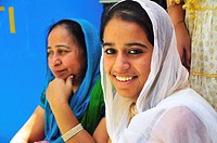 Sikh pilgrim women at Gurudwara Temple in Manikaran