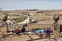 People sleeping near the Alcázar of Segovia