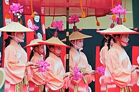 Dancers taking part in the Hanezu Odori
