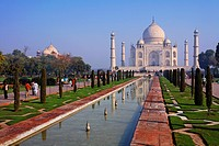 The Taj Mahal and gardens, Agra, Uttar Pradesh, India