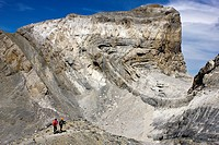 Walker next to Cilindro Peak - Tres Sorores - Monte Perdido Massif - Ordesa National Park and Monte Perdido - Torla - Ordesa Valley - Province of Hues...