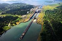 Gutan Locks  Canal de Panama  Panama
