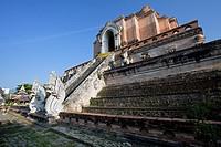 Large central stupa or chedi, Wat Chedi Luang, Chiang Mai, Thailand