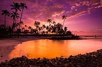Sunset over Pu´uhonua O Honaunau National Historic Park (City of Refuge), Kona Coast, Hawaii USA.
