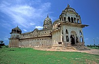 Lakshmi Narayan Temple, mix of a fort and a temple moulds. Orchha Madhya Pradesh, India