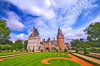 france,28 : maintenon castle & garden.