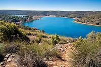 Tinaja lagoon. Lagunas de Ruidera Natural Parck. Albacete. Castilla la Mancha. Spain. Europe.