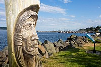 North America, Canada, British Columbia, Vancouver Island, Campbell River, waterfront, totem.