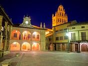 Iglesia de Santa María la Mayor and Ayuntamiento de Ayllón. Conjunto histórico artístico. Segovia province. Castile-Leon. Spain.