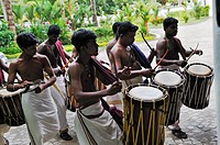 ´´chenda´´ players beside the entrance of Kumarakom Lake Resort hotel, Kerala state, South India, Asia.