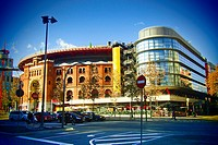 Las Arenas shopping mall. Former bullring built in neo-mudejar style by August Font i Carreras. Barcelona, Catalonia, Spain