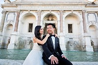 Wedding Couple at Fontana del Gianicolo. Rome. Italy.