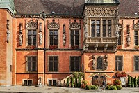 The Schweidnitzer Cellar (Piwnica Swidnicka) is a historic restaurant in the basement of the Wroclaw Old Town Hall. The Old Town Hall of Wroclaw stand...