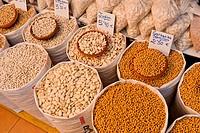 Beans, Legumes, Food Shop, Street Market, La Alberca, Salamanca, Castilla y León, Spain, Europe.