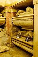 Tomb of the Eboli Princess, Pastrana
