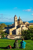 View overlooking centro storico with Palazzo Ducale and Duomo, Urbino, Marche, Italy.