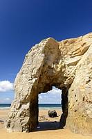 Arche de Port Blanc, Saint-Pierre-Quiberon, Morbihan, Brittany, France, Europe.