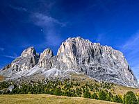 Mountain scenery Langkofel Group, Grohmannspitze Mountain, left, Fuenffingerspitze or Five Finger Peak, centre, Langkofel Mountain, right, summit of S...