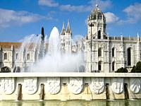 The Fonte Luminosa in front of the Jeronimos Monastery in the Belem district of Lisbon, Portugal. The monastery is thought to have been built in 1502 ...