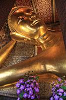 Thailand, Bangkok, Wat Pho, Reclining Buddha, statue,.