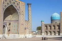 Ulugbek Medressa and Tilla-Kari Medressa, Registan, Samarkand, Uzbekistan.