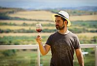 Wine tasting in Dicastillo vineyard. Navarre. Spain.