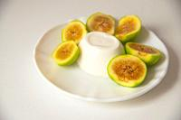 Cottage cheese with green figs.