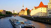 The Spree river from the Weindendammer bridge at Friedrichstrasse. Sunset. Berlin. Germany