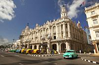 Old American cars used as taxi in front of the Gran Teatro-Grand Theatre building in Central Havana, La Habana, Cuba, West Indies, Central America