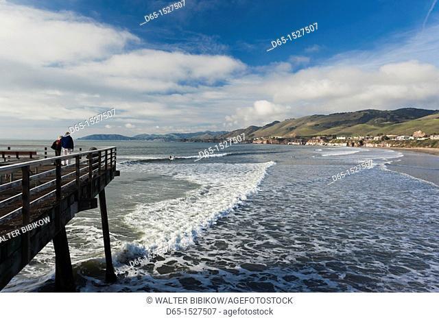 USA, California, Southern California, Pismo Beach, town pier, NR