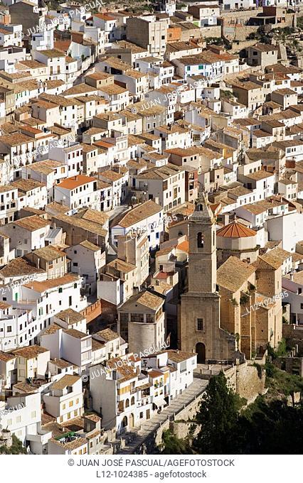 Houses and church, Alcala del Jucar, Albacete province, Castilla-La Mancha, Spain