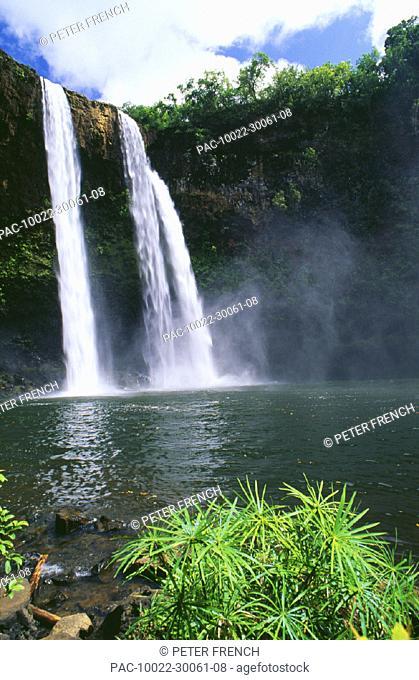 Hawaii, Kauai, Wailua State Park, three waterfalls empty into same pool