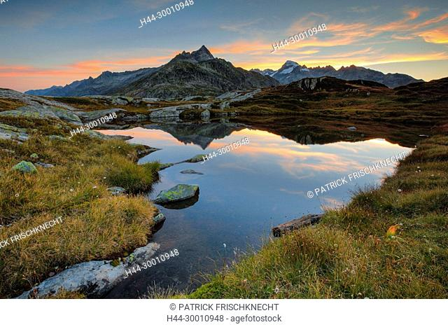 Gärstenhörner - 3189 m, Galenstock - 3586m, Schweiz
