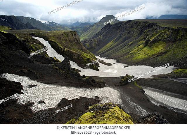 Crud on the Morrinsheiði, a high plateau on the Fimmvoerðuháls hiking trail, Þórsmoerk, Iceland, Europe
