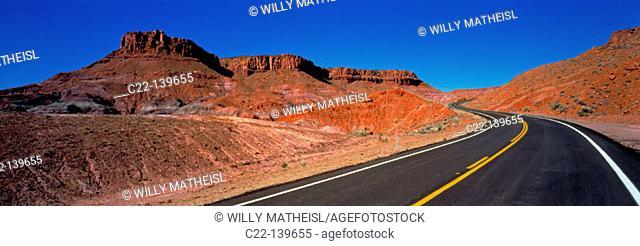 Empty road. Canyonlands National Park. Utah. USA