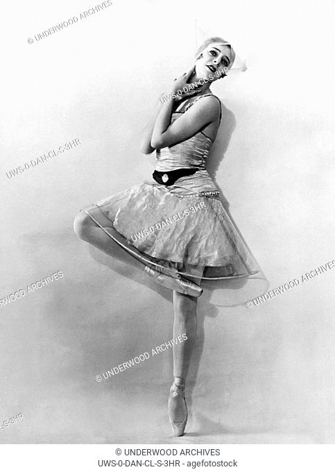 Monte Carlo, Monaco: c. 1928.Russian ballet dancer Alice Nikitina is now appearing in the ballet of Serge Diaglieff at Monte Carlo