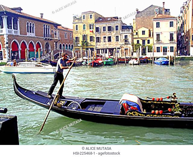 travel, Europe, Italy, Venice, gondola, gondolier, canal, waterway, boat, boating