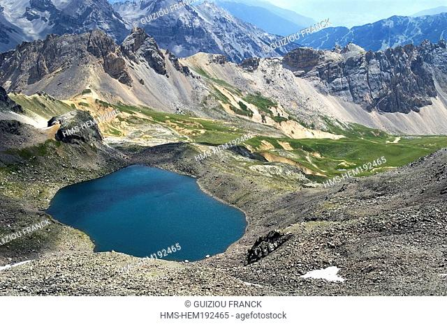 France, Hautes Alpes, Brianconnais area, the upper valley of La Claree, Lac Blanc 2695m seen from the Pic du Lac Blanc 2980m