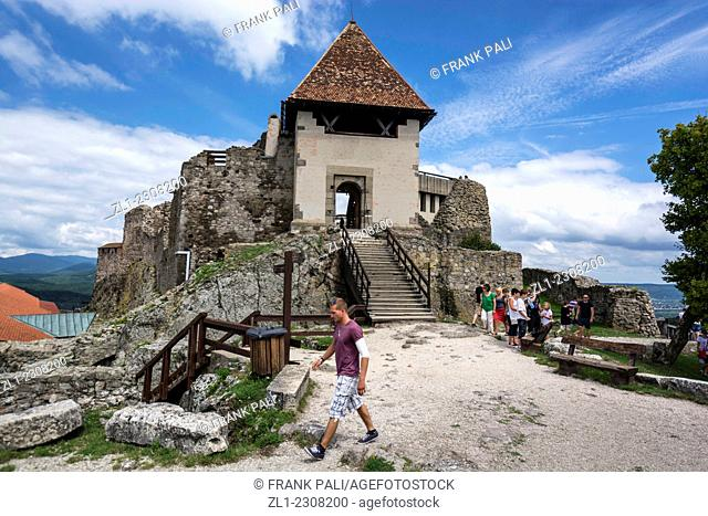 The Visegrád Citadel hosted the famous Royal Summit of Kings, and the first Anjou King died in the castle in 1370. The Saint Crown of Hungary was guarded here