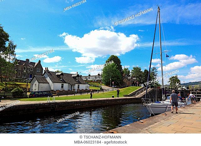 Scotland, Highlands, Fort Augustus at the southern end of Loch Ness, the locks on the Caledonian Canal, connecting Loch Oich and Loch Ness