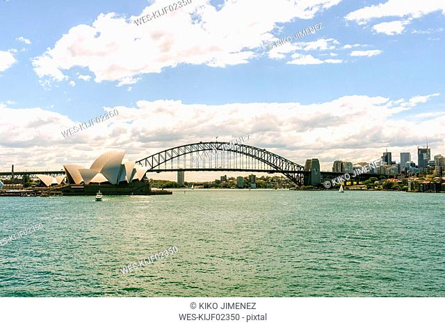 Australia, New South Wales, Sydney, Sydney skyline with opera house and bridge