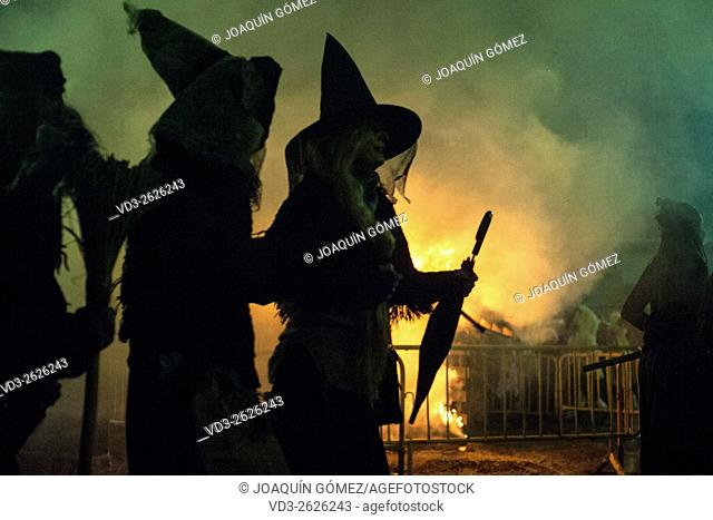 The participants in the carnival of Alsasua in Navarra disguised as witches