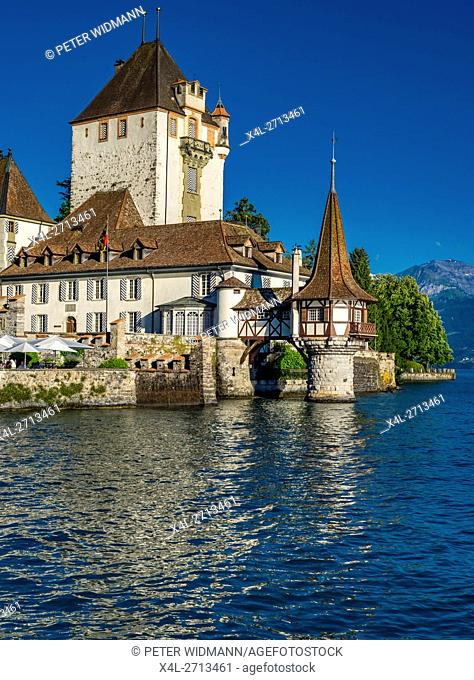 Oberhofen Castle on Lake Thun, Bernese Oberland, Canton of Bern, Switzerland, Europe