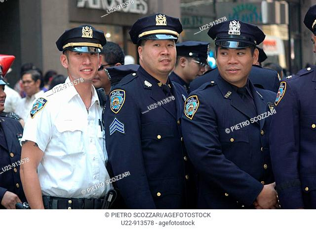 New York City (USA): Philiphinian-American cops during the Philippine Independence Day Parade
