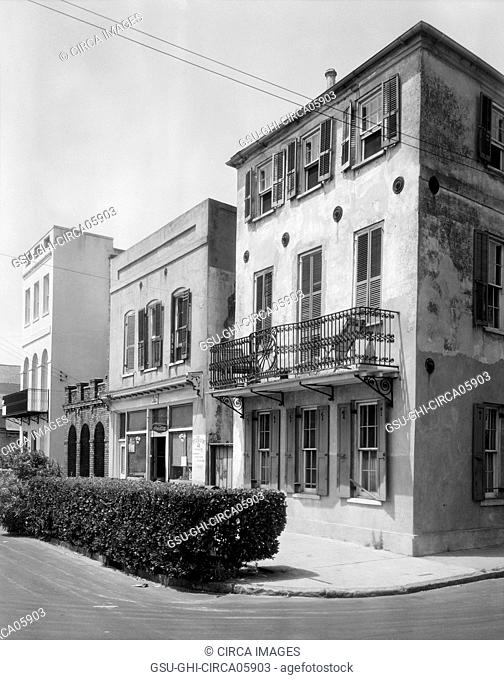 71-72-73 Tradd Street, East Bay, Charleston, South Carolina, USA, Frances Benjamin Johnston, 1937