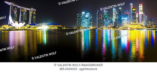 Panorama, Marina Bay Sands Hotel, ArtScience Museum and skyline, night scene, downtown, Financial District, Central Business District, Marina Bay, Downtown Core