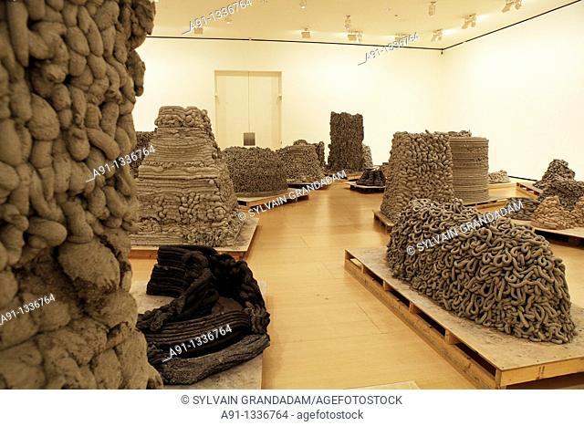 Spain, Basque Country, Bilbao, Guggenheim Museum, exhibition of indian artist Anish Kapoor
